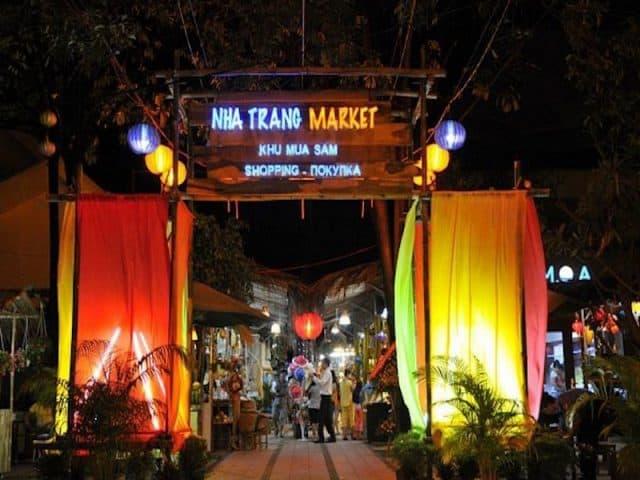 Khu mua sắm Nha Trang (Ảnh sưu tầm)