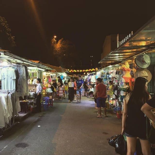 Chợ đêm Nha Trang (Ảnh sưu tầm)