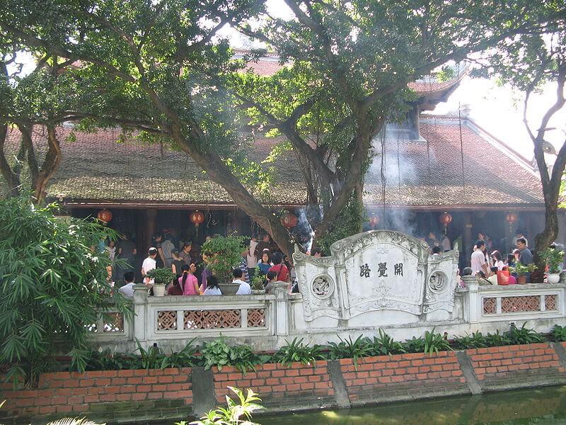 chùa Hà cầu duyên