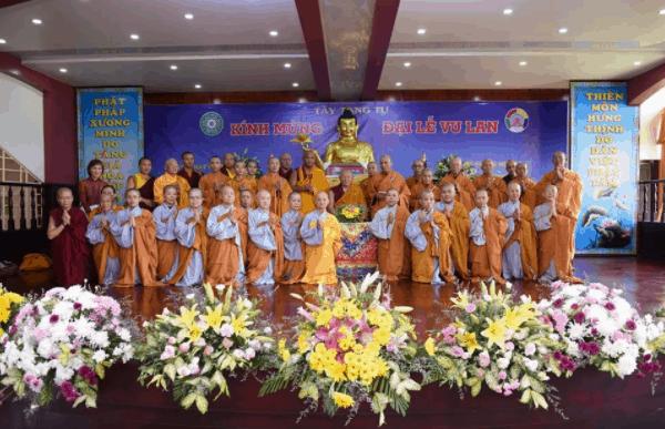 Đại lễ Vu Lan tại chùa Tây Tạng tỉnh Bình Dương