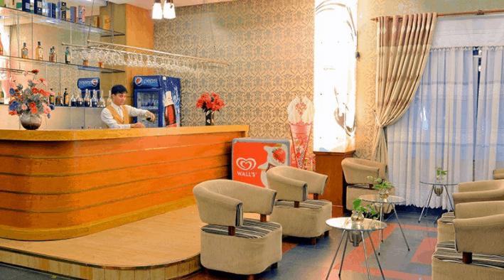 Du khách có thể thoải mái thưởng thức đồ uống tại Green