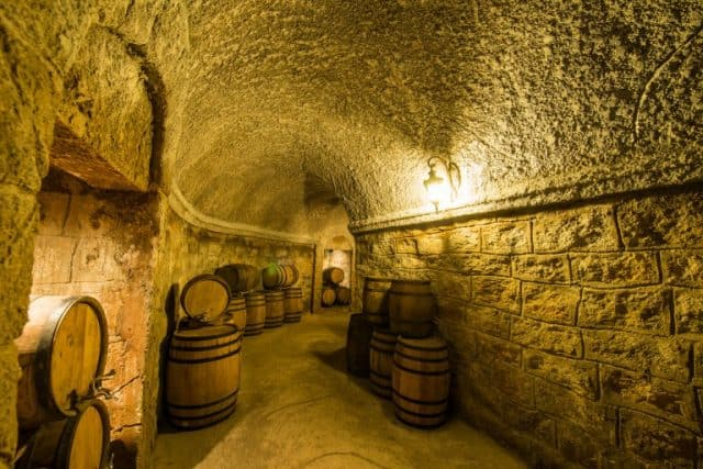 Hầm Rượu Debay Bà Nà