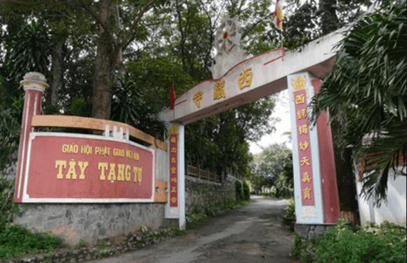 Hình ảnh cổng chùa Tây Tạng Bình Dương