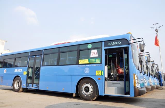 Hình ảnh chiếc xe buýt số 20