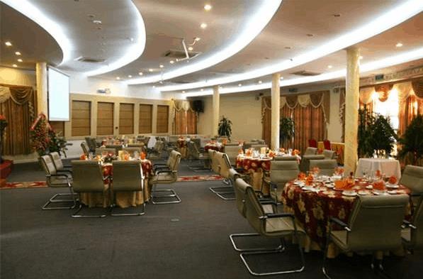 Không gian phòng ăn tại khách sạn Grand Vũng Tàu