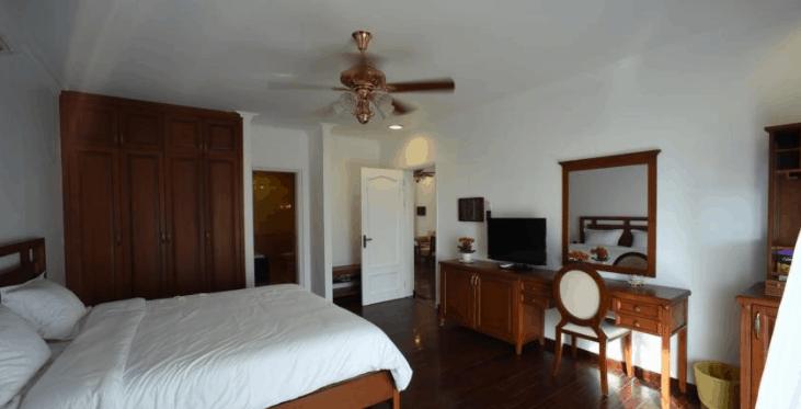 Phòng nghỉ tại Leman Cap được thiết kết theo kiến trúc kiểu Pháp