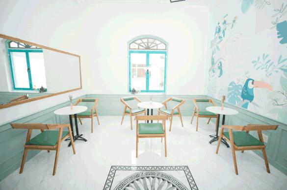 Không gian quán trẻ trung, đơn giản và đẹp mắt
