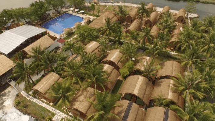 Khung cảnh làng tre Việt nhìn từ trên cao