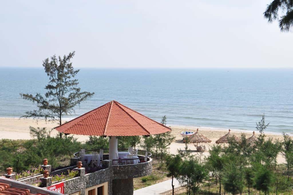 Khách sạn gần đầm Lập An 07