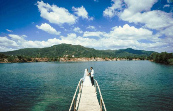 Ngoại cảnh Hồ Cốc