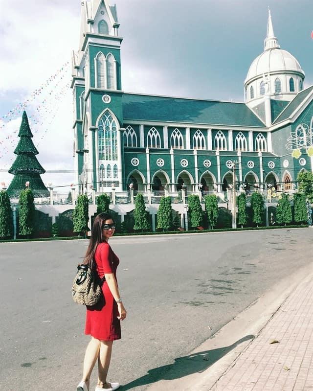 Nhà thờ Phú Cường đang là địa điểm check-in HOT tại Bình Dương
