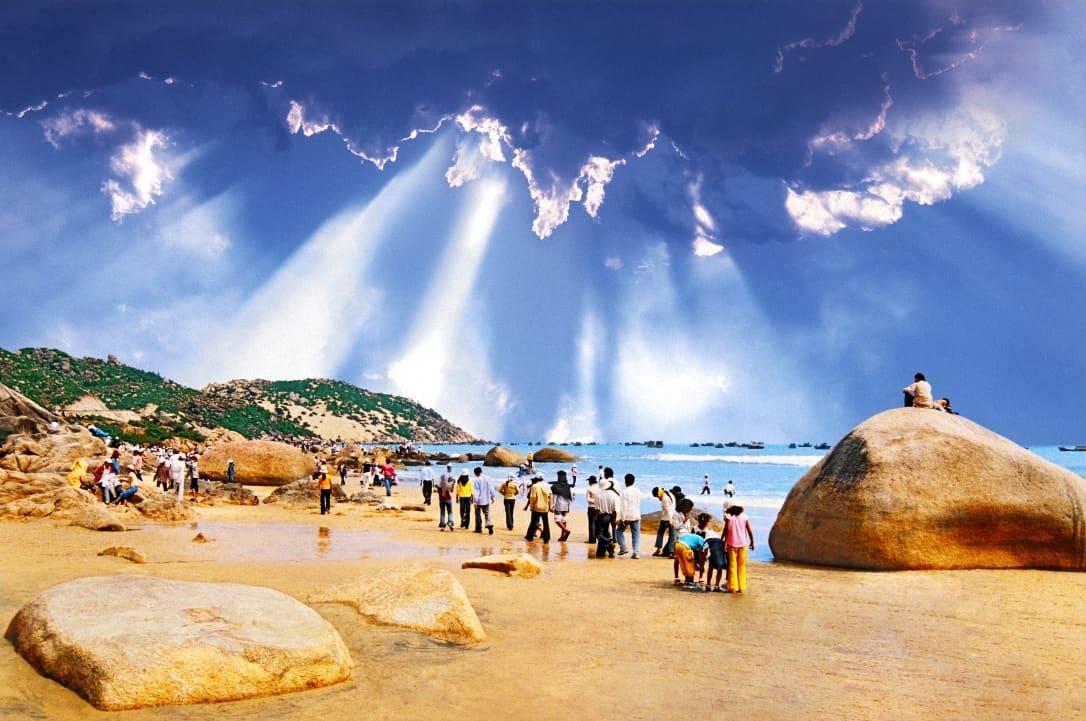 Bãi biển Quy Nhơn - Bình Định. (Ảnh ST)
