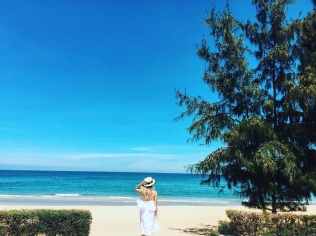 """Biển Sa Huỳnh xứng đáng để bạn """"note"""" vào danh sách địa điểm đẹp ở Quảng Ngãi (Ảnh sưu tầm)"""