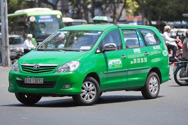 Taxi Mai Linh là 1 trong những hãng taxi Nha Trang nổi tiếng. (Ảnh ST)