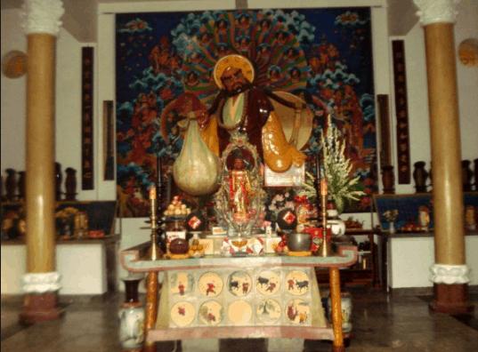 Hình ảnh tượng Bồ Đề tại chùa Tây Tạng Bình Dương