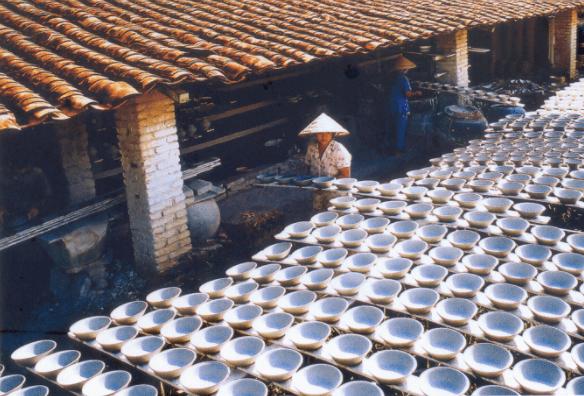 Làng nghề gốm Lái Thiêu