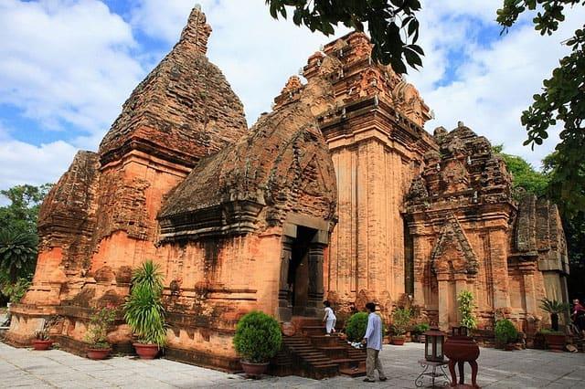 Tháp Bà Ponagar Nha Trang (Ảnh ST)