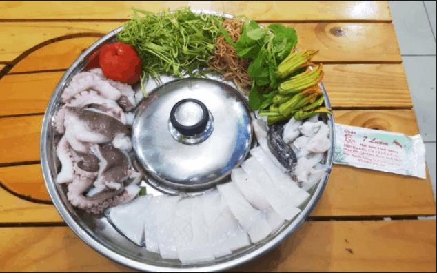 Món lẩu hải sản hấp dẫn thực khách