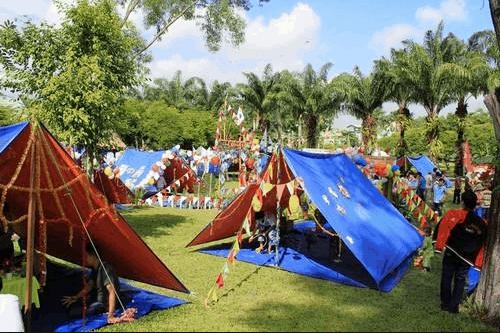 Cắm trại dã ngoại ở khu du lịch cực vui