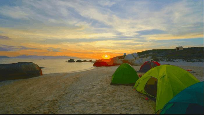 Cắm trại trên đảo ngắm cảnh đêm rất thú vị