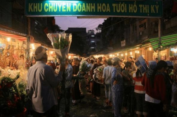 Chợ hoa Hồ Thị Kỷ nổi tiếng ở Sài Gòn