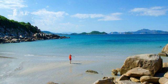Đảo Bình Hưng điểm đến du lịch bụi ở Khánh Hòa (Ảnh ST)