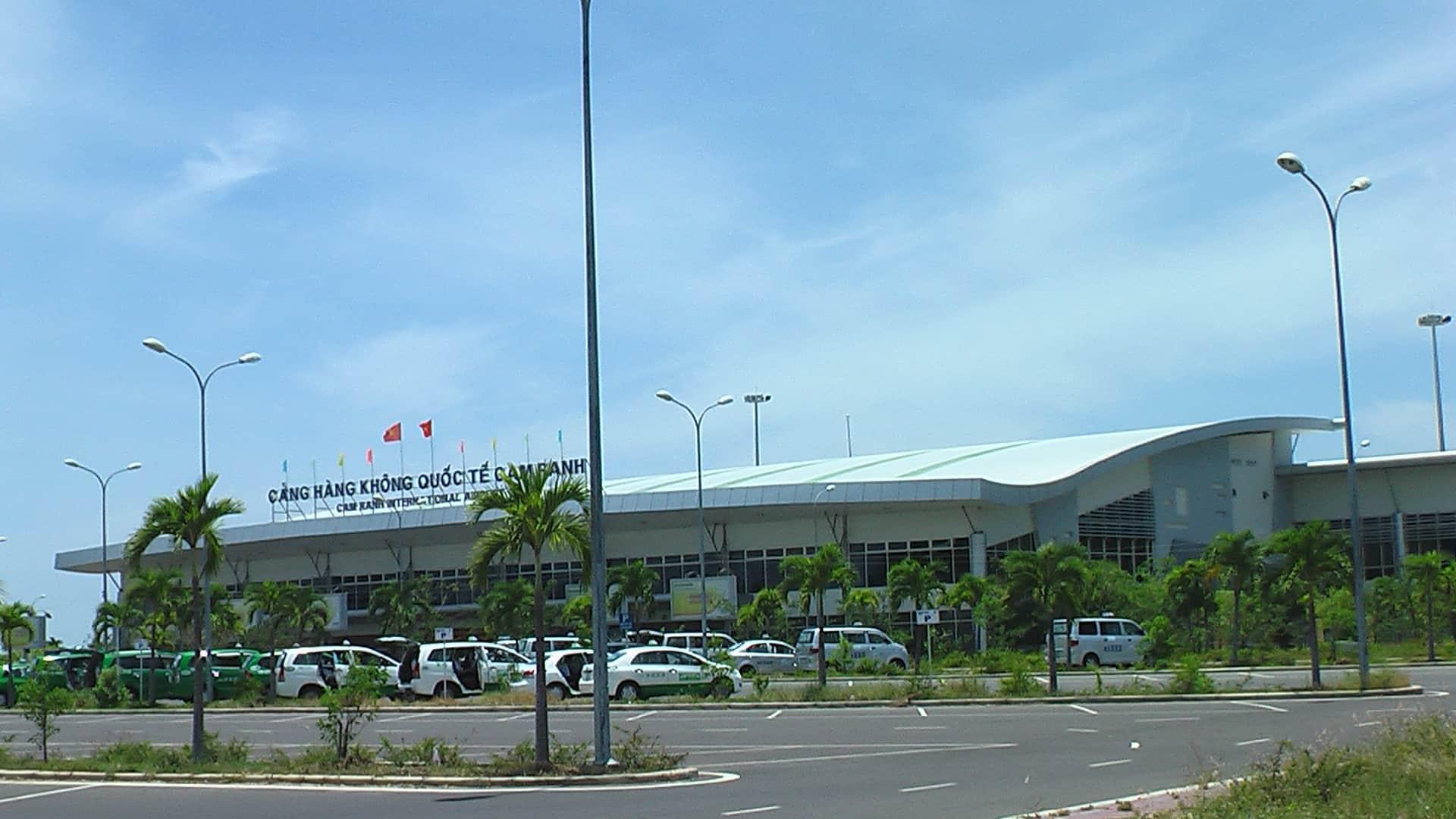 Sân bay Cam Ranh cảng hàng không quốc tế ở Nha Trang - Vntrip.vn