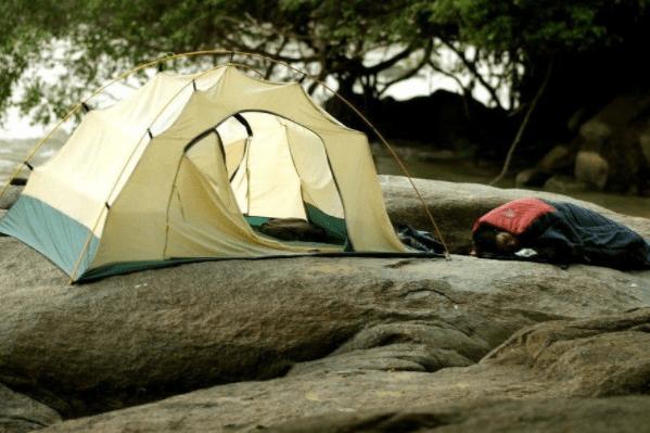 Cắm trại tại thác Mai