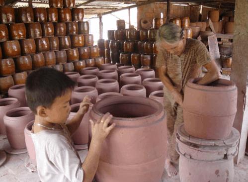 Cần phải giữ lửa cho nghề gốm sứ truyền thống