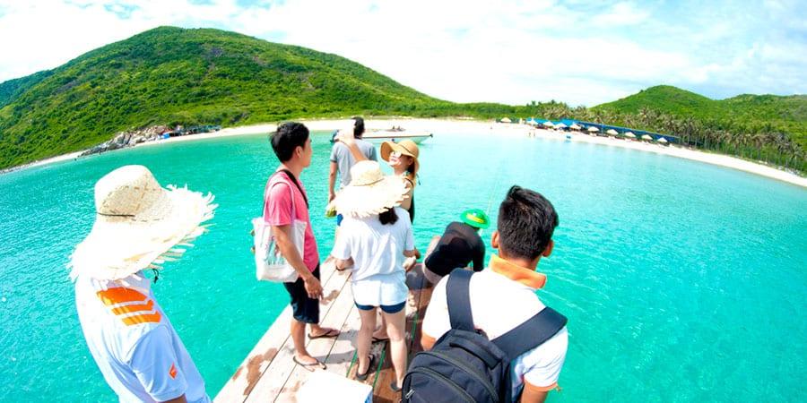 đảo dừa nhìn ngắm từ cầu cảng( Ảnh sưu tầm)