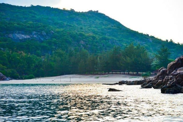Đảo nhỏ lênh đênh giữa đại dương mênh mông(Ảnh: Sưu tầm)