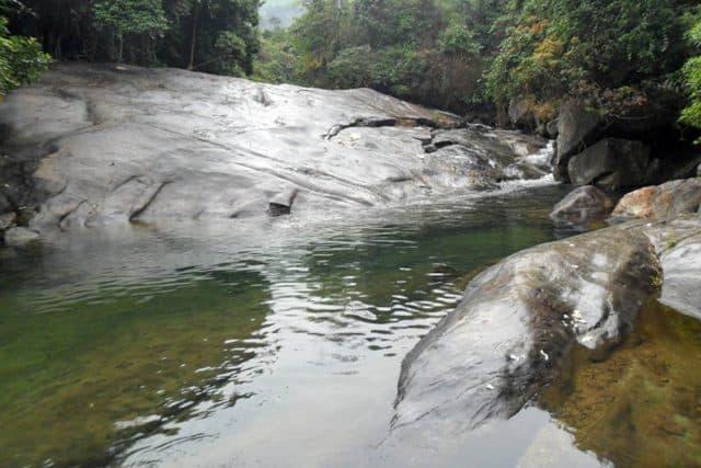 Hình ảnh Hố Giang Thơm như một bức tranh thiên nhiên tươi đẹp (Ảnh ST)