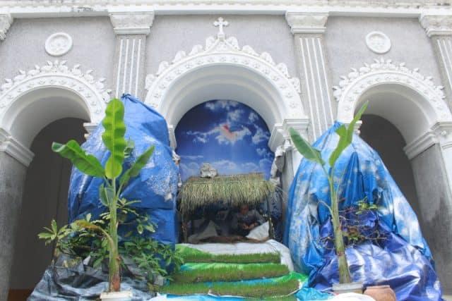 Nhà thờ Lòng Sông trước ngày lễ( Ảnh sưu tầm)