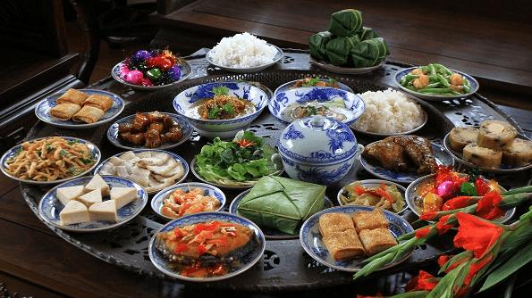 Mâm cỗ ngày Tết truyền thống ở Việt Nam