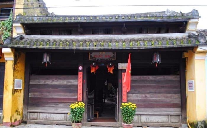 Ngôi nhà cổ tới 180 năm tuổi