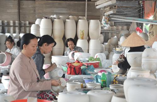 Nghề góm đem lại công ăn việc làm cho nhiều người dân