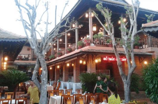 Nhà hàng quán Tre Vũng Tàu