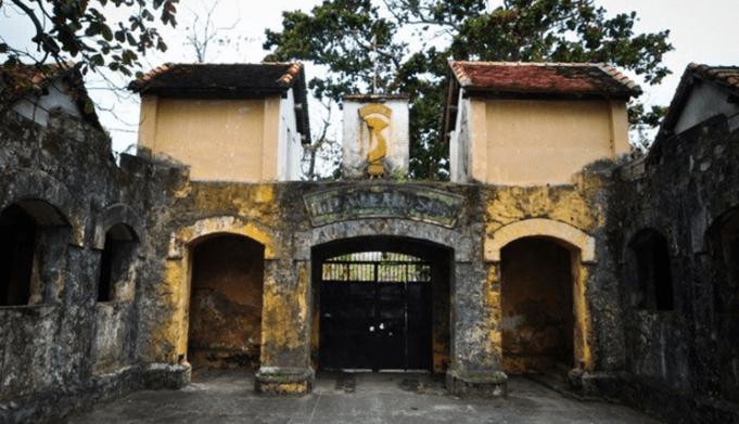 Di tích nhà tù Côn Đảo