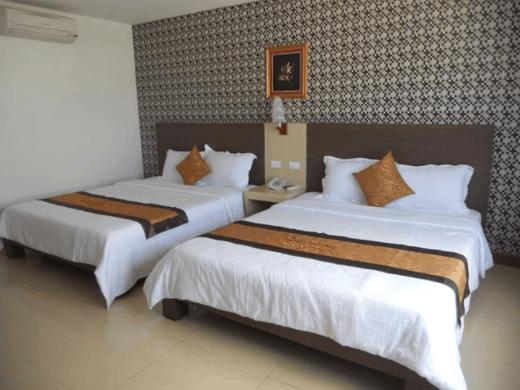 Phòng nghỉ giường đôi tại nhà nghỉ Quốc Cường
