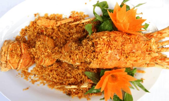 Quán hải sản Thành Phát nổi tiếng với món tôm tích cháy tỏi