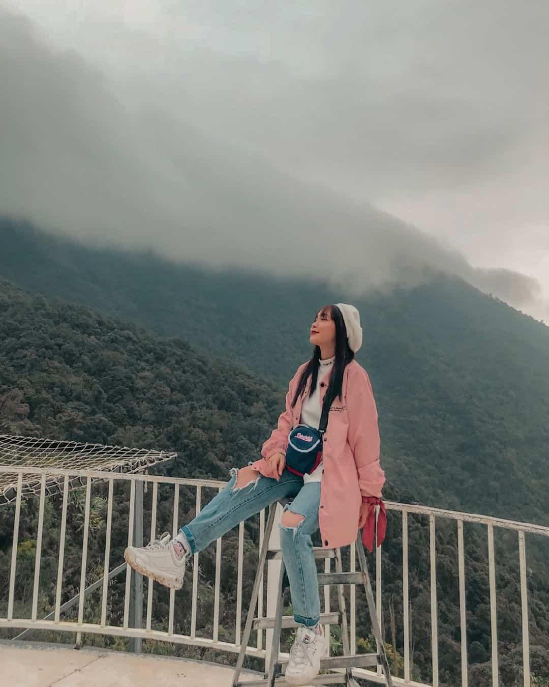 Tam Đảo thị trấn mờ sương. Ảnh: @im_manhhhh