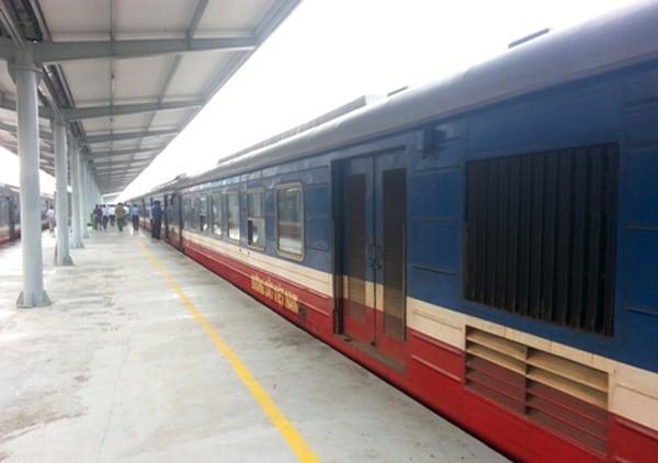 Ga Nha Trang là một điểm dừng không thể thiếu trên chặng đường sắt Bắc Nam (ẢNH ST)