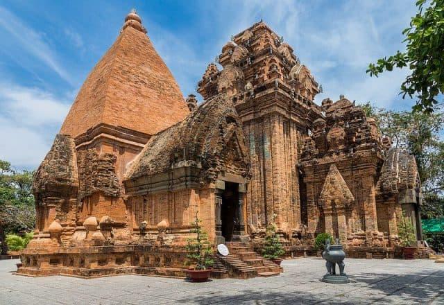 Đền thờ bà Ponagar (Ảnh ST)