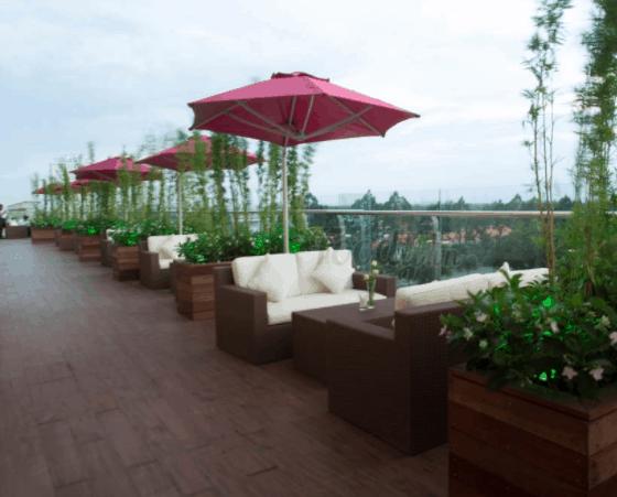 Romance Restaurant & Cafe