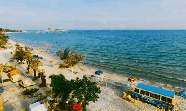 Phòng nghỉ lều cạnh biển