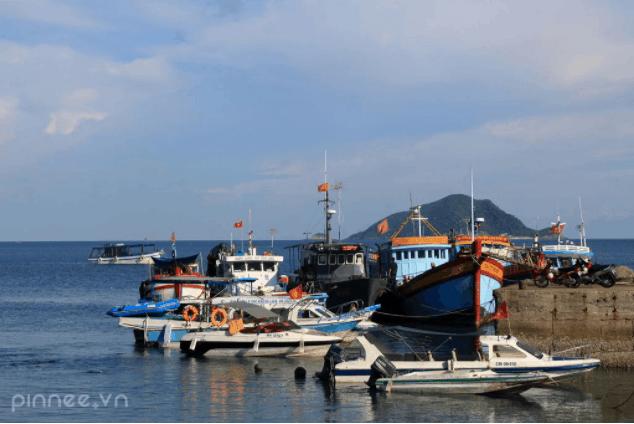 Tới Côn Đảo bằng tàu giúp tiết kiệm chi phí