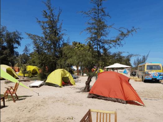 Nghỉ tại lều trại