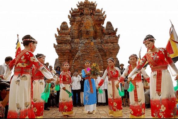 Những dịp lễ hội ở tháp Chàm