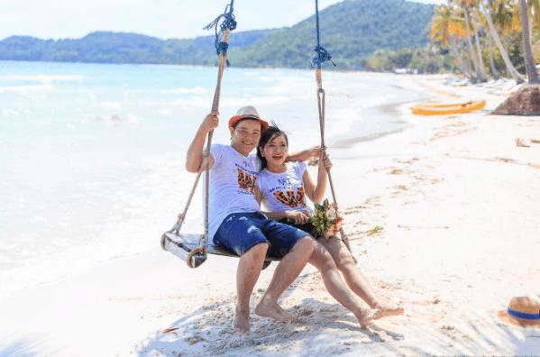Bãi biển Cây Dừa - Địa điểm checkin lý tưởng