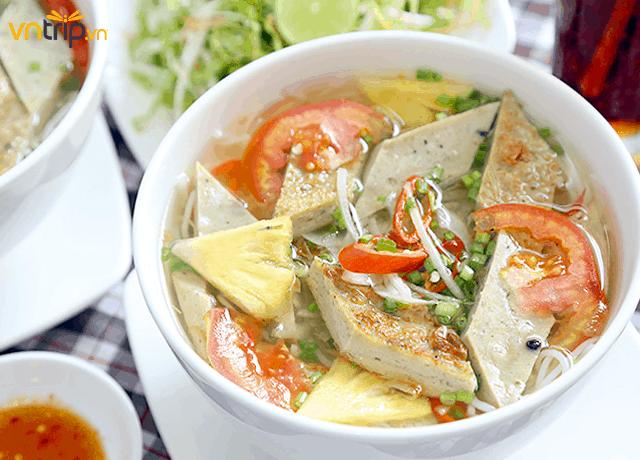 Bún chả cá – đặc sản Nha Trang (Ảnh: Sưu tầm)